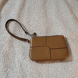 (4/$25) Nude wristlet with extra back pocket